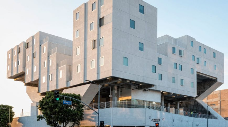 Mixed Use-STAR Apartments (Michael Maltzan Architect)